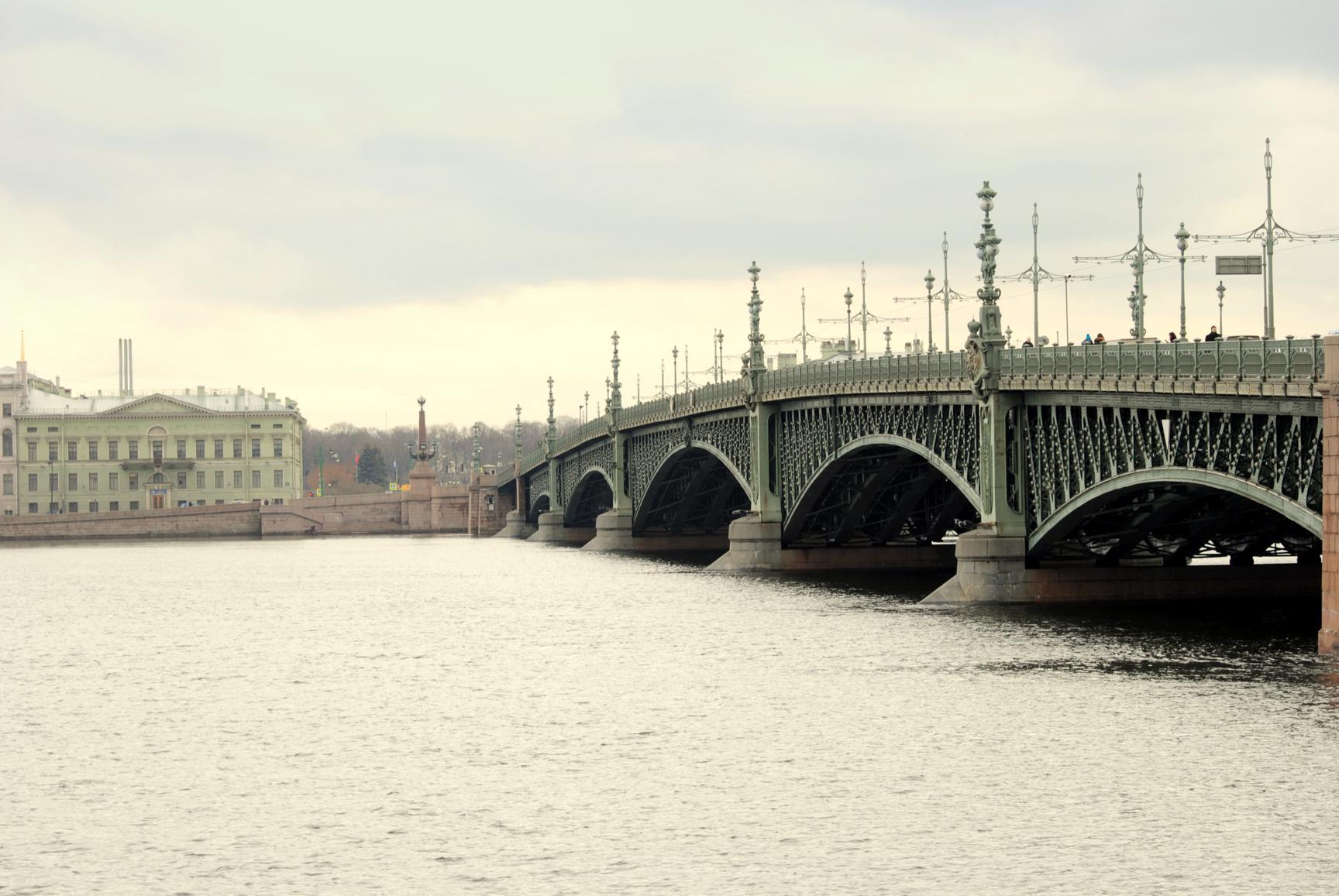 malecon-san-petersburgo-2