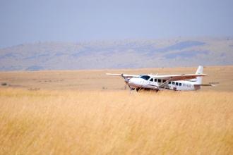 Aterrizaje de avioneta en Masai Mara. Kenya, 2015.