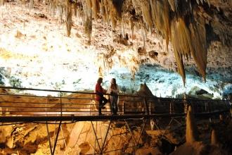 Galería a la Sala de Los Fantasmas. Cueva El Soplao, Cantabria 2015.