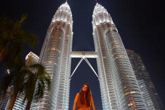A los pies de las imponentes Petronas. Kuala Lumpur, 2016