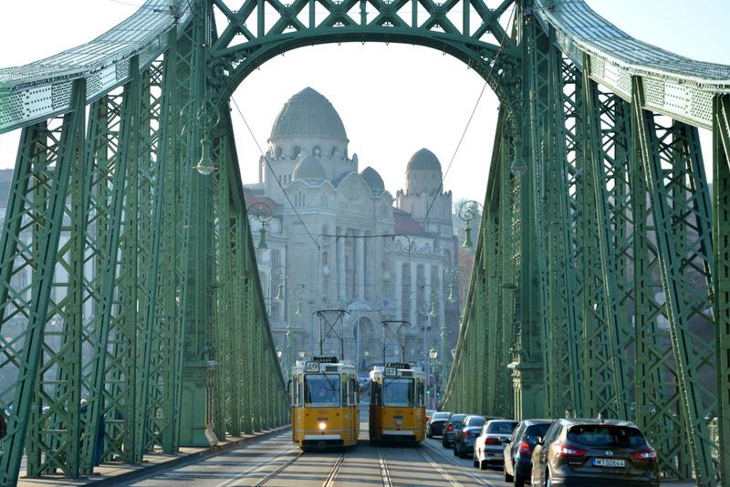 que-ver-budapest-puente-libertdad-2