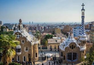 Park Güell, fusión entre el hombre y la naturaleza. Barcelona.