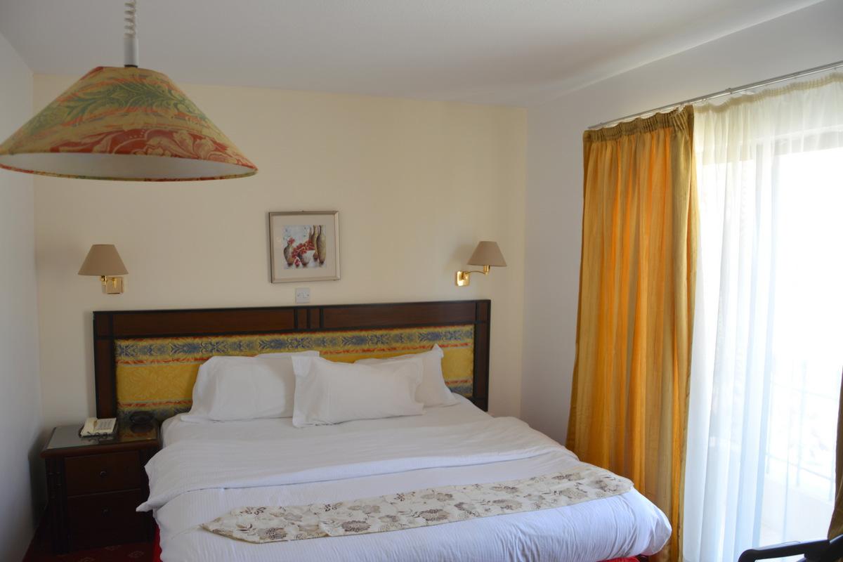 hotel-petra